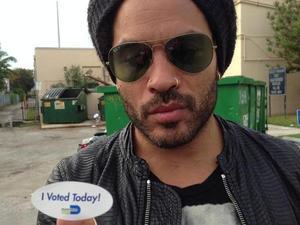Lenny Kravitz voting