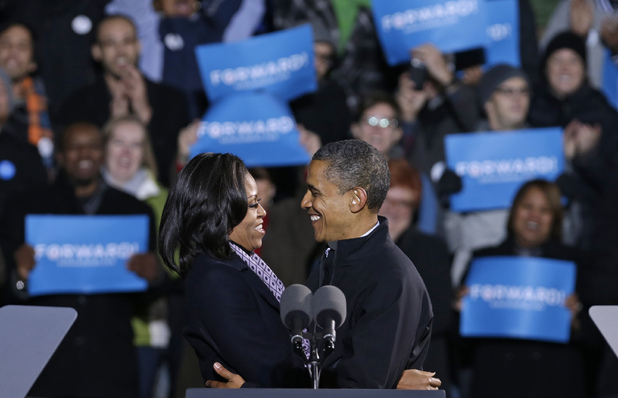 Barack and Michelle Obama on their final campaign stop, November 5