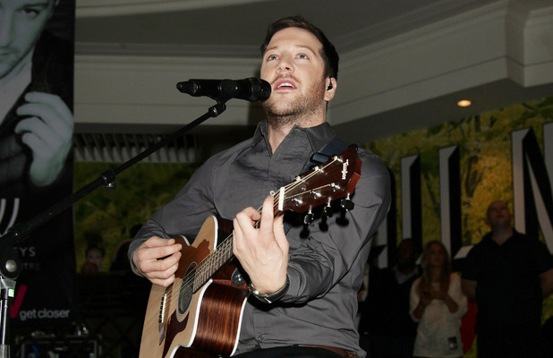 Matt Cardle performing at HMV Bayswater, in Whiteleys Shopping Centre, west London (Dec 2010)