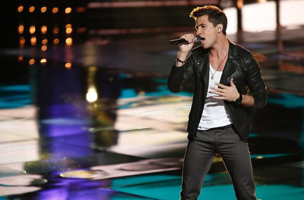 The Voice Season 3 Live Playoffs Part 2: Dez Duron