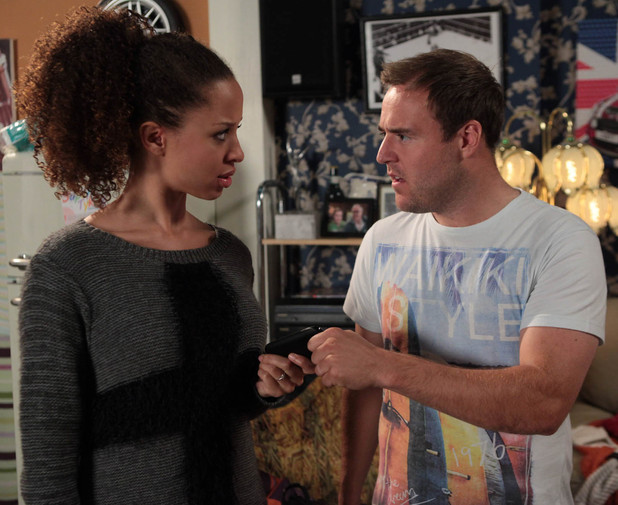 7999: Kirsty goes through Tyrone's texts and gets paranoid over a message signed off with a kiss from one of the mums at the baby group