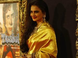 'Jab Tak Hain Jaan' premiere in Mumbai, India: Rekha