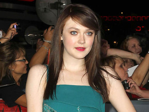 Breaking Dawn: Part 2 premiere - Dakota Fanning