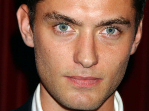 Jude Law, 2004