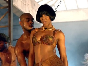 Kelly Rowland in 'Ice' music video.