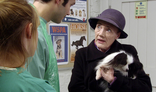 Edna says a reluctant goodbye to Tootsie