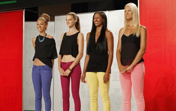 America's Next Top Model S19E11 - 'The Girl Who Freaks Out On Horseback': Nastasia, Leila, Kiara and Laura