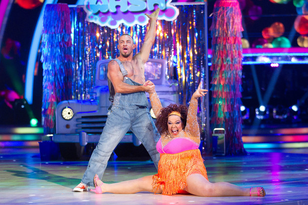 Strictly Come Dancing at Wembley: Lisa does the splits.