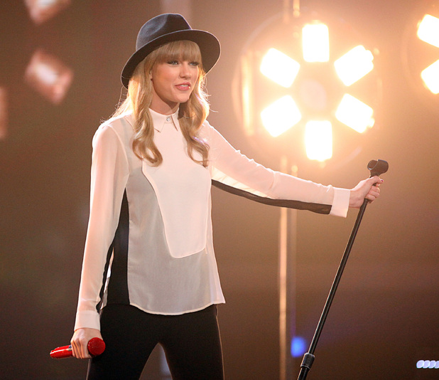 "Taylor Swift Performs on FOX's ""The X Factor"" Season 2 Top 11 Elimination Show Hollywood. USA"
