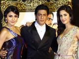 'Jab Tak Hain Jaan' premiere in Mumbai, India: Anushka Sharma, Shah Rukh Khan and Katrina Kaif