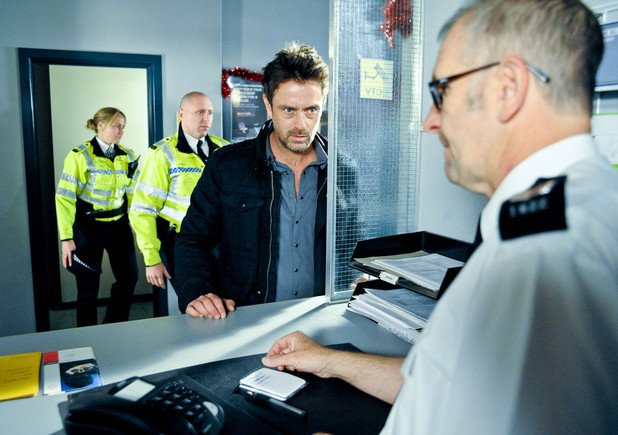6415: Cameron prepares to give the Police information about Carl's murder