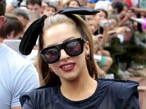 Miss Mode: Lady Gaga greets fans in Paraguay