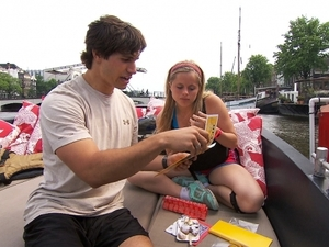 The Amazing Race (&#39;fishy kiss&#39;) - Trey and Lexie