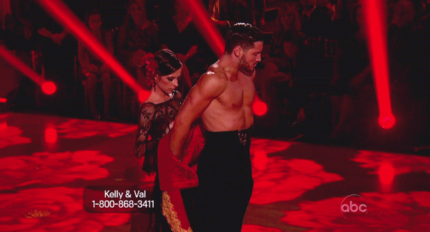 Dancing With The Stars S15E18: Kelly Monaco and Val Chmerkovskiy