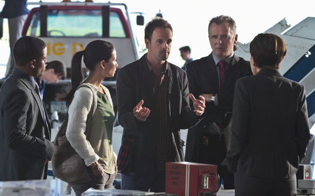 Elementary S01E06: 'Flight Risk'