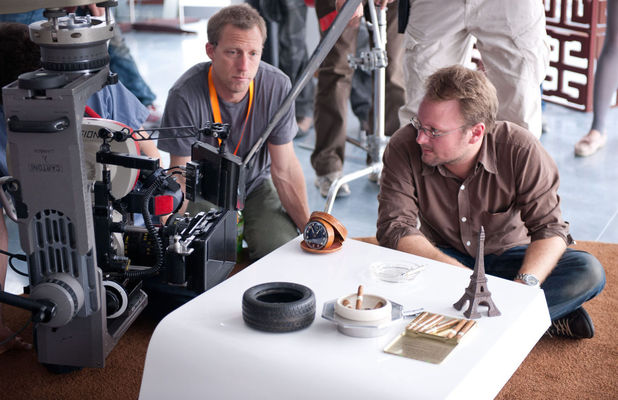 Rian Johnson directing 'looper'