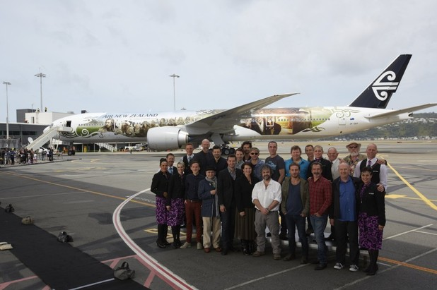 The Hobbit cast 777-300