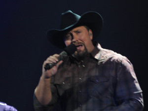 The X Factor USA Live Show - The Top 6 perform: Tate Stevens