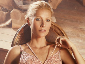 Gwyneth Paltrow in January issue of InStyle