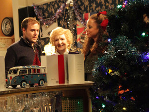 8020: Kirsty explains that Emily has come to babysit so she can take him for a birthday drink, while Fiz hides