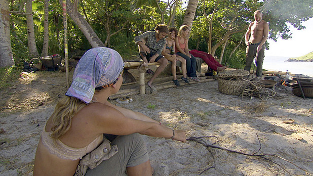 'Survivor: Philippines' Episode 12: 'Shot Into Smithereens'