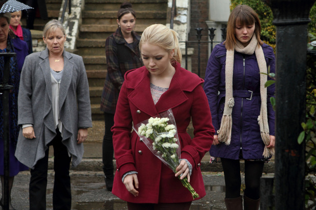 Tanya, Carol, Lauren, Abi and Alice after Derek's death