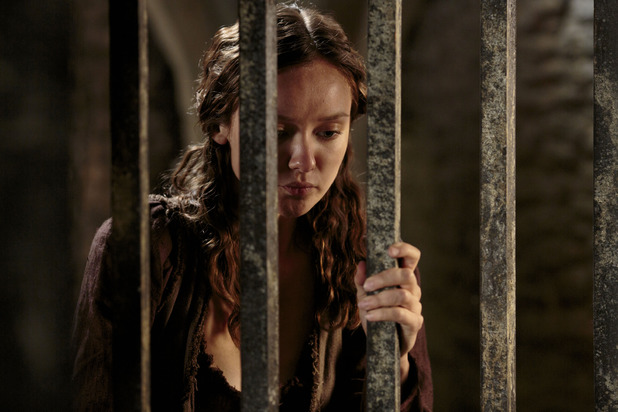 Merlin S05E11 - &#39;The Drawing of the Dark: Kara (ALEXANDRA DOWLING)