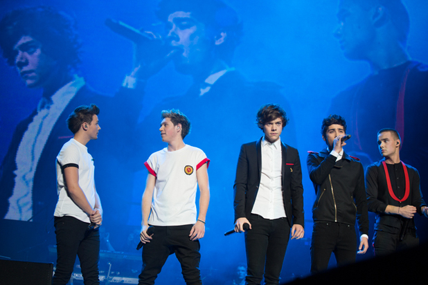 One Direction perform at Madison Square Garden in New York (03/12/12)