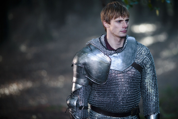 Merlin S05E10 - &#39;The Kindness of Strangers&#39;: King Arthur Pendragon (Bradley James)