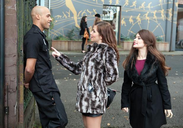 Hollyoaks: 3500: 2012-12-21