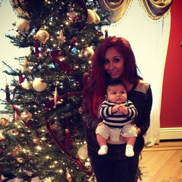 Jersey Shore&#39;s Snooki with her son Lorenzo at Christmas
