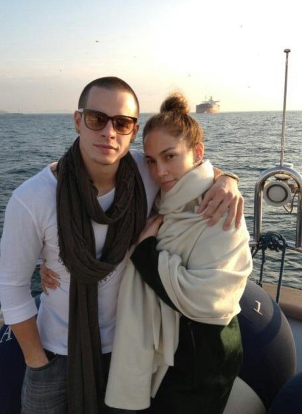 Jennifer Lopez, Casper Smart on a yacht in this Twitter picture