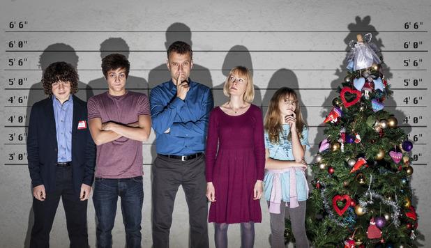 Outnumbered: Ben (DANIEL ROCHE), Jake (TYGER DREW-HONEY), Dad (HUGH DENNIS), Mum (CLAIRE SKINNER), Karen (RAMONA MARQUEZ)