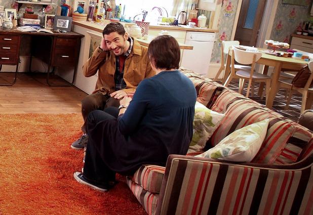Miranda - Season 3, Episode 2:   Miranda (MIRANDA HART), Gary (TOM ELLIS)