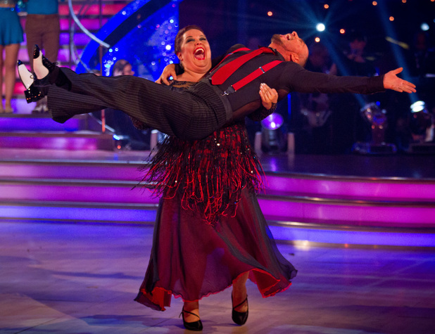 Lisa and Robin leave Strictly Come Dancing.