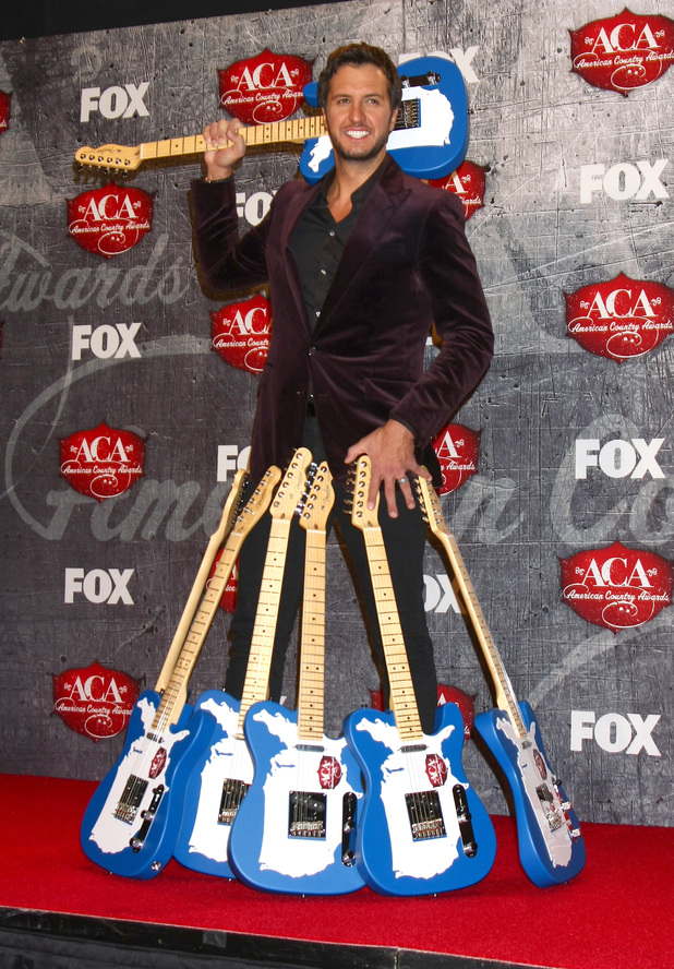 Luke Bryan at the 2012 American Country Awards at Mandalay Bay Resort and Casino