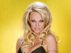Pamela Anderson - Dancing On Ice 2013