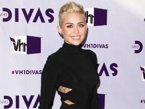 Miley Cyrus, VH1 Divas 2012