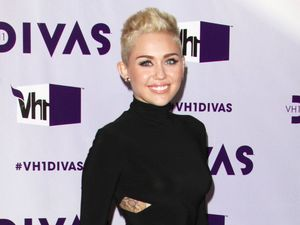 Miley Cyrus, VH1 Divas 2012 