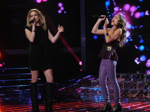 The X Factor USA - Season 2 Final part 1: Carly Rose Sonenclar and special guest Leeann Rimes perform