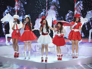 The X Factor USA Season 2 - Live finals part 2: Finalist Fifth Harmony