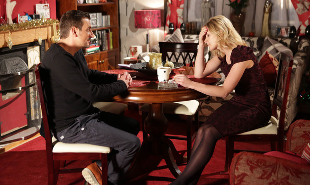 Corrie, Leanne visits Peter, Mon 24 Dec