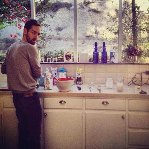 Kate Bosworth, Twitter picture of fiance Michael Polish baking
