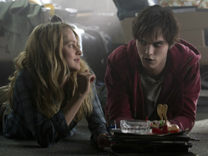 &#39;Warm Bodies&#39; still: Nicholas Hoult, Teresa Palmer