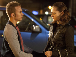8040: David forces his way into the abortion clinic to confront Kylie, but will she change her mind?