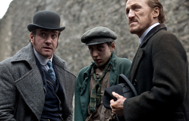 'Ripper Street' Episode 2:  Edmund Reid (MATTHEW MACFADYEN), Thomas Gower (GIACOMO MANCINI), Bennet Drake (JEROME FLYNN)