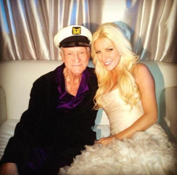 hugh hefner marries playboy bunny