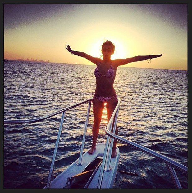 Rita Ora, bikini, instagram