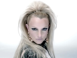 Britney Spears &#39;Scream and Shout&#39; video still 