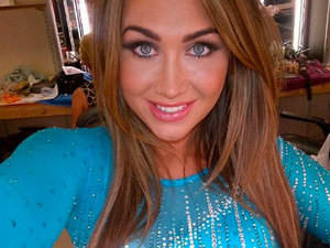 Lauren Goodger Twitter picture